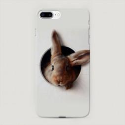 Пластиковый чехол Любопытный кролик на iPhone 7 Plus