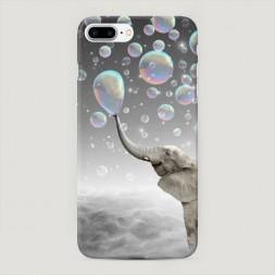 Пластиковый чехол Слон и мыльные пузыри на iPhone 7 Plus