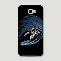 Пластиковый чехол Космонавт на серфе на Samsung Galaxy J5 Prime 2016