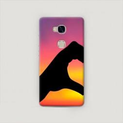 Пластиковый чехол Руки на закате 1 на Huawei Honor 5X